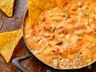 Рецепта Пикантна разядка с царевица, сметана, майонеза и сирене чедър